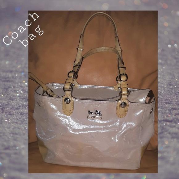 Coach Handbags - Coach Shoulder Bag | Tan | Women's